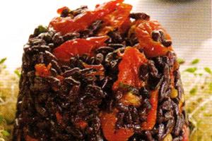 Salada de Arroz Preto com Tomate Seco